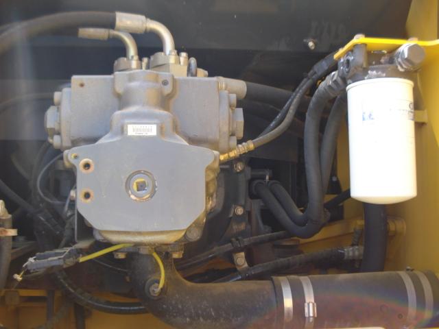 PC200LC-7_ (12).JPG