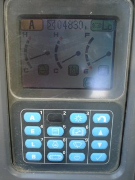 PC200LC-7_ (13).JPG