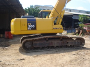 PC200LC-7_ (5).JPG