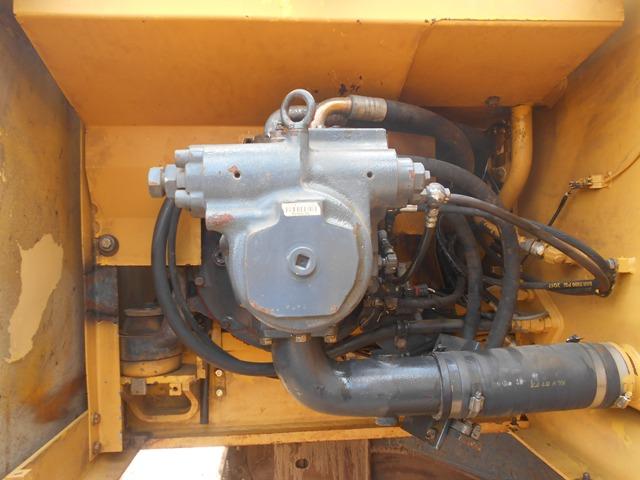 PC220-6E_ (9).JPG