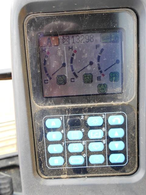 PC200LC-7L_ (12).JPG