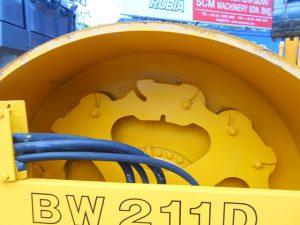 BW211D-40_ (8).JPG